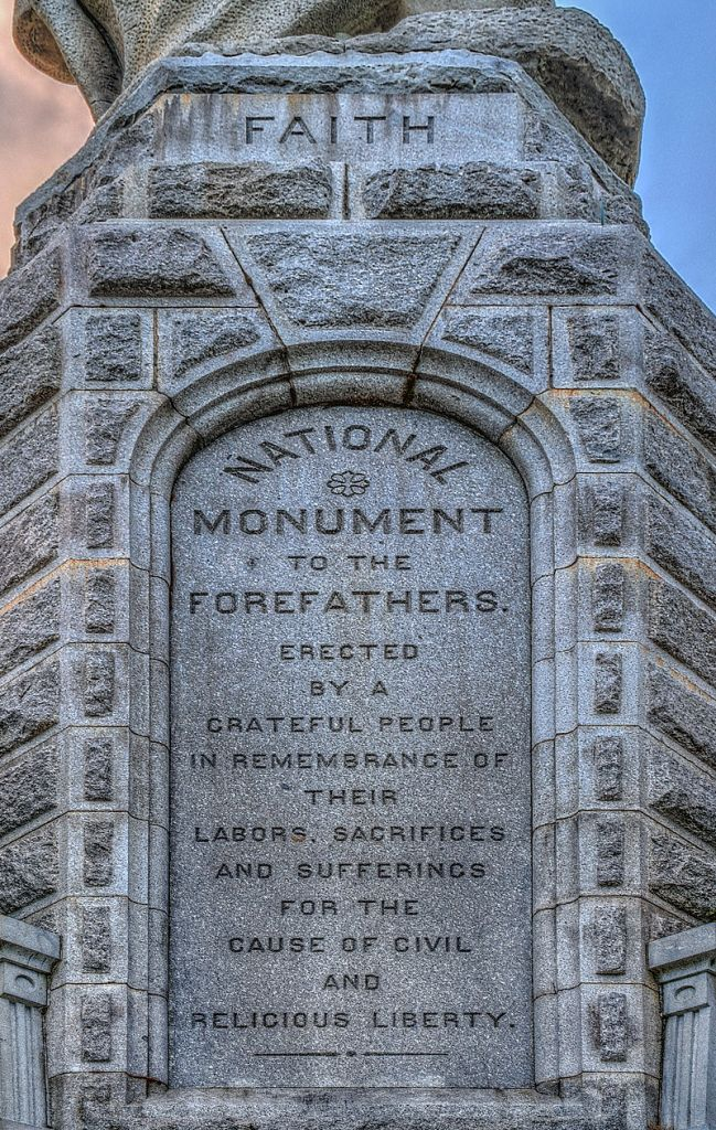 monumental1
